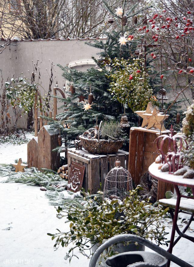 Hof 9: Schneezauber im Innenhof