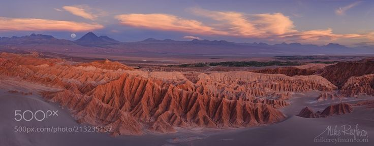 Valle de la Muerte & Licancabur Volcano by mreyfman via http://ift.tt/2qkQDw1