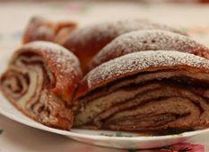 Plnený pudingový koláč