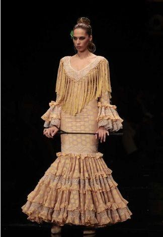 Trajes de flamenca - Trajes de gitana - Moda flamenca - Sevilla