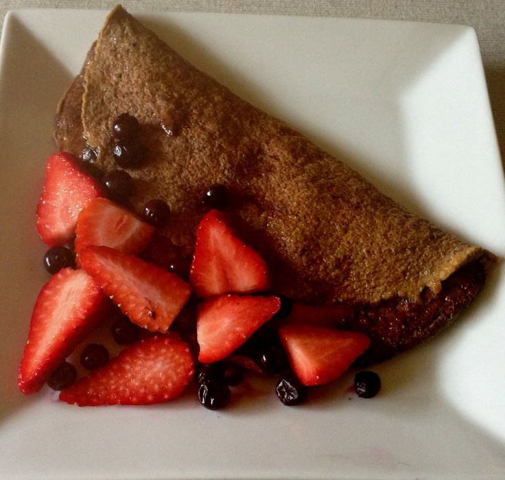 Cacao, Berry & Hemp Seed Omelette - I made this up as I went along and it is delish!