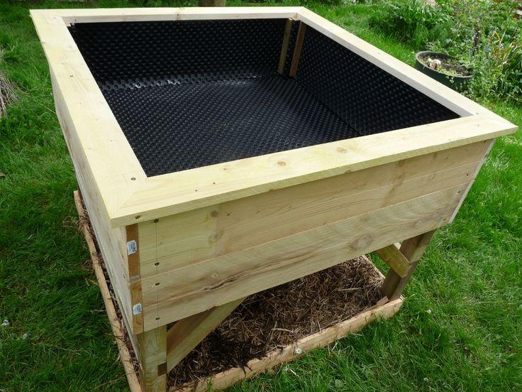 les 25 meilleures id es de la cat gorie potager sur lev sur pinterest jardin sur lev carr. Black Bedroom Furniture Sets. Home Design Ideas