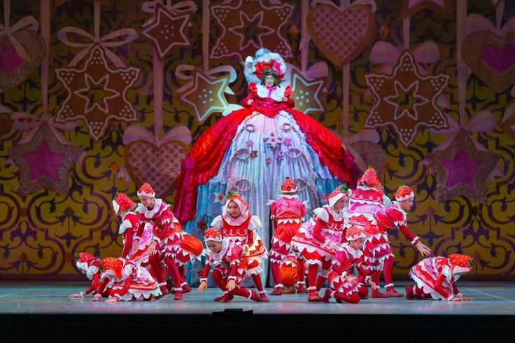 Mother Ginger and her Bon-Bons. | The Nutcracker - A ...