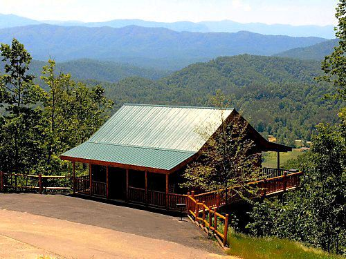 How about a Smokey Mountain cabin rental located just outside of Pigeon Forge, but still very convenient to Gatlinburg and the Smoky Mountains National Park.ABSOLUTELY PERFECT, the name says it all. This spectacular cabin has all the amenities you could ask for when visiting the Great Smoky Mountains.