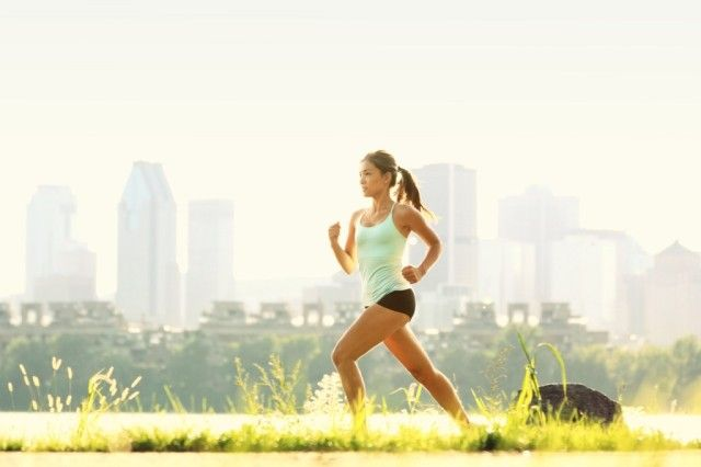 5 best outdoor training exercises to tone legs