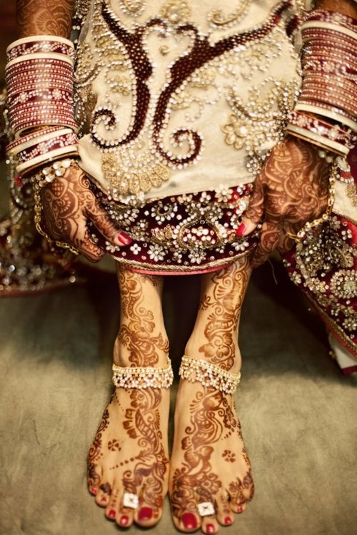 Henna-in some cultures is beauty. In India the women use henna as body art in their wedding celebration! Beautiful!
