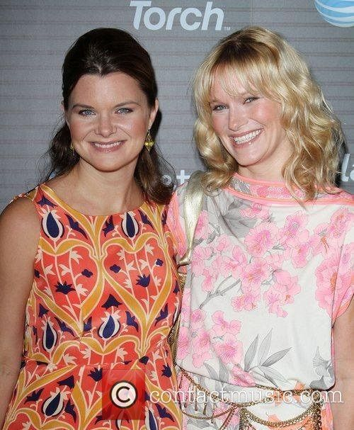 Heather Tom with her younger sister Nicholle Tom
