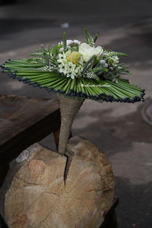 "Bridal bouquet on a frame - Svetlana Markovets - School of Floristry ""La Florisel"" www.laflora.ru"