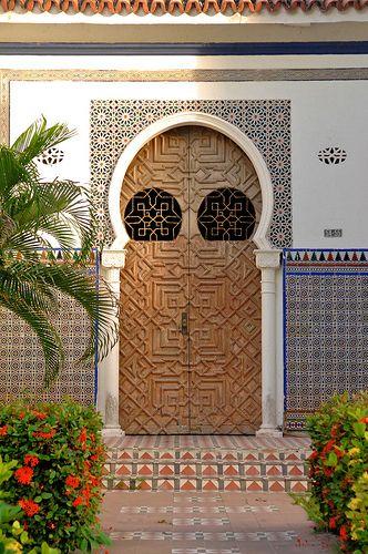Razón: La arquitectura del Barrio Prado de Barranquilla, Su textura y modulaciones permitirán la realización de grafismos.