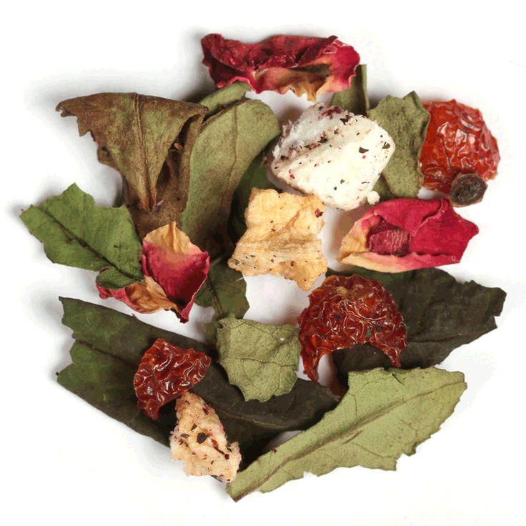 Blanco Eterna Primavera // Disfrute de un eterno rejuvenecimiento con una taza de esta refrescante mezcla de té blanco con una combinación de fruta y pétalos de rosa. Cada sorbo renovará su cuerpo y espíritu con un dulzor natural y notas florales.