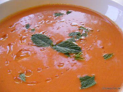 Turkish Seasonal Food - Cold Tomato Soup Recipe   Turkey's For Life...