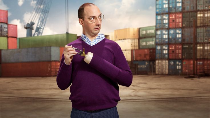"""Arrested Development"" Star Tony Hale Tweets At ""House Of Cards"" And Hilarity Ensues"