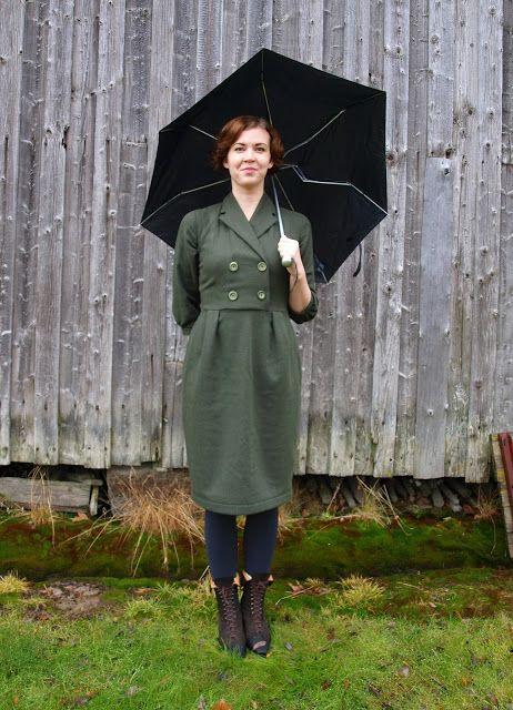 Jenny Olofsson - En Vintage Saga : En 40-tals klänning i ull - så ser den ut på #vintage #sewing #sew #40s #blog #sy #sömnad #blogg #40tal
