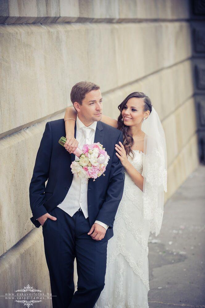 Pronovias Dietrich wedding dress http://lamariee.hu/eskuvoi-ruha/pronovias/dietrich