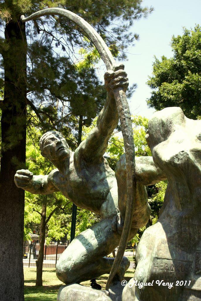 Heracles de Antoine Bourdelle en Plaza Dante CABA