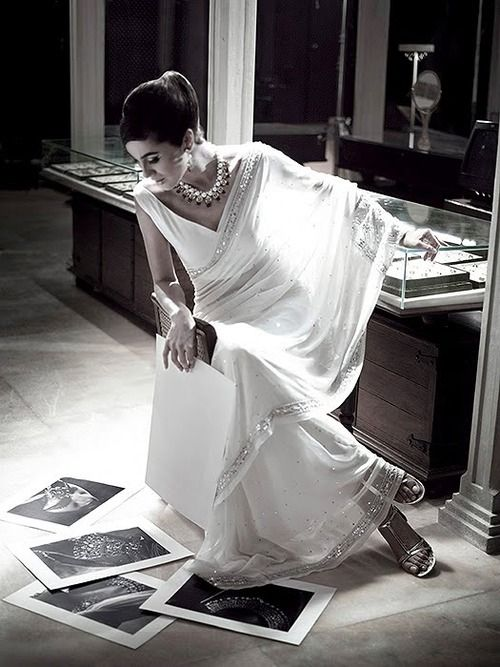 Simple White Sari – The blouse style is unique but still conservative. #southasiancouture #indianfashion