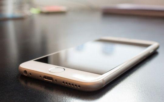 In ultima vreme apare o intrebare intalnita destul de des. De ce display-ul unui iPhone este atat de important? http://blog.cumpar-ieftin.ro/post/155164310344/care-este-una-dintre-piesele-de-baza-ale-iphone-ului