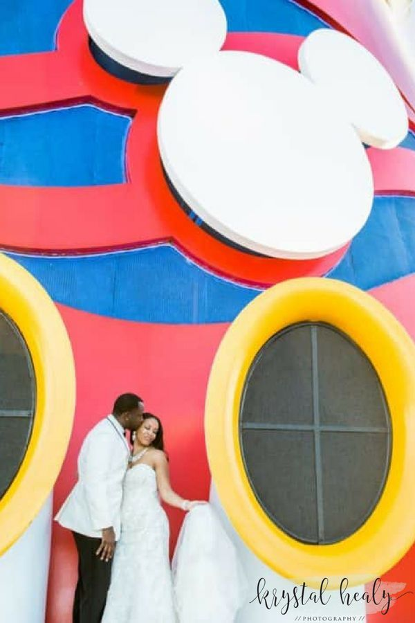 Celebrating Their 10 Year Wedding Anniversary By Renewing Vows On The Disney Magic Shot Krystal Healy Photography