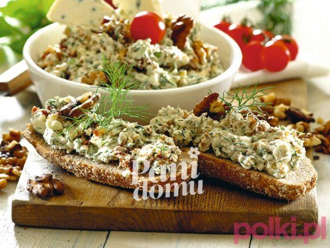 Pasta serowa z orzechami na kanapki -Przepis