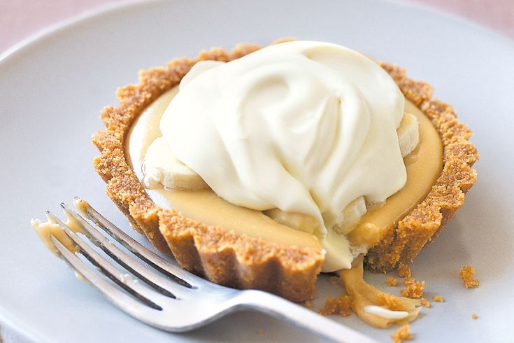 Banana and toffee are a heavenly combination in this traditional sweet pie.