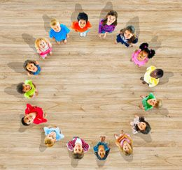 Cooperative Games for Kids - chain tag