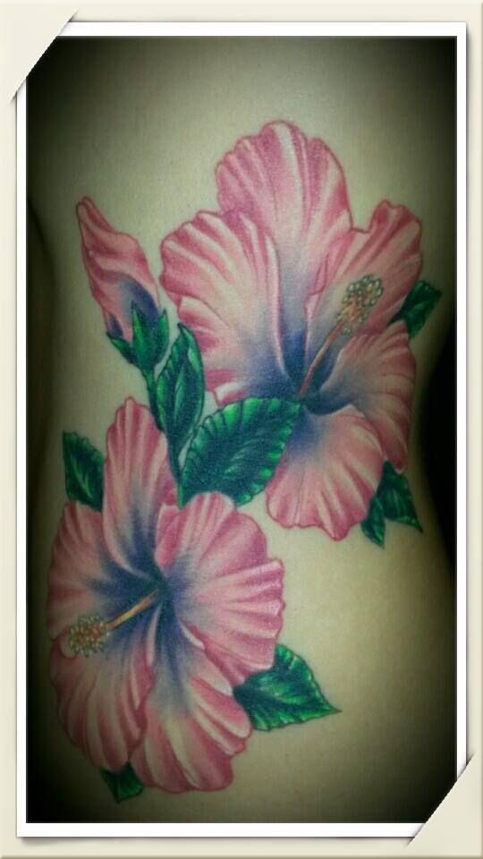 Mein Cover Up auf der linken Taille. Danke an meinen genialen Tattowierer Danny von Glorious Ink Tattoo.