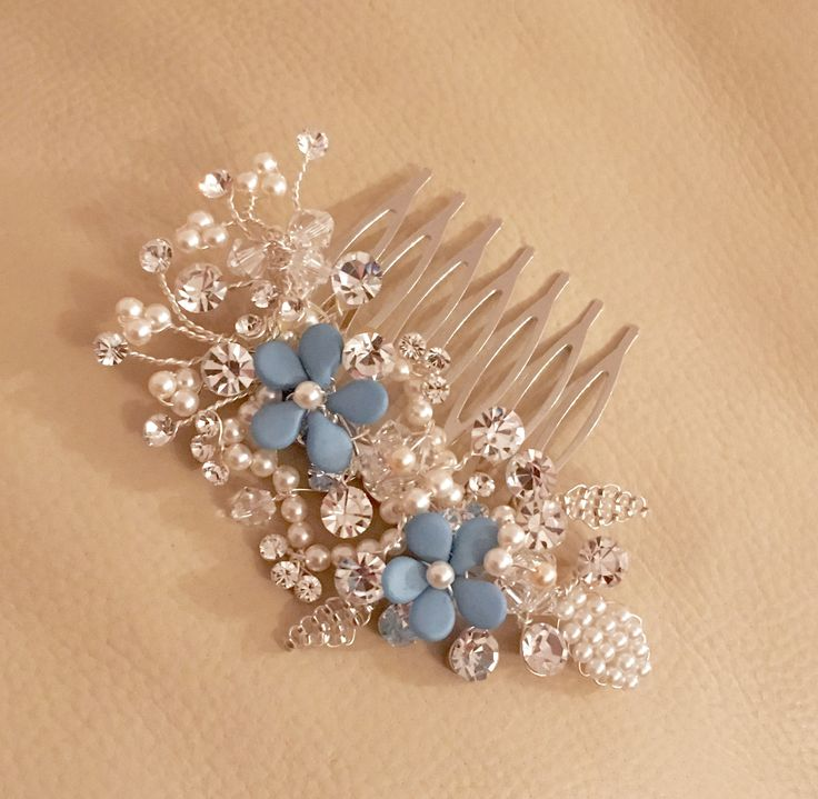 Bespoke handmade bridal hair comb made by Kelly of Tantrums and Tiaras