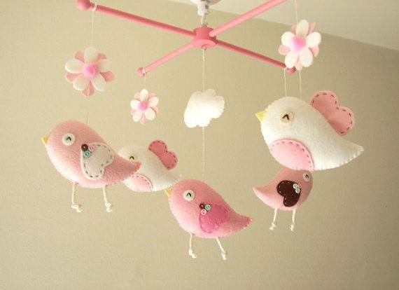Baby crib mobile Bird mobile girl mobile Bird por atelierbloom