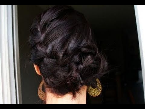 Here is a tutorial for a french braid bun... Very similar to what @Offbeat Bride was looking for with the fishtail bun.