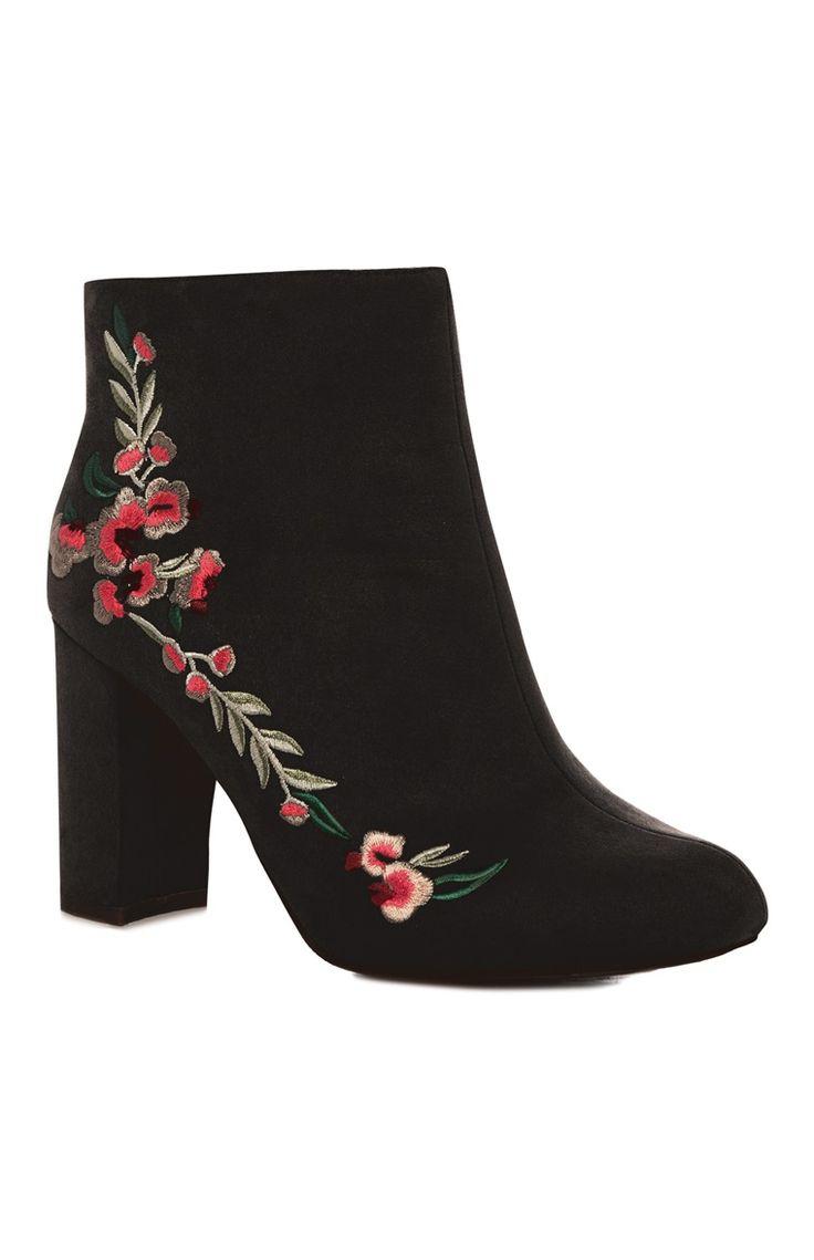 Primark - Floral Embroidered Black Boot