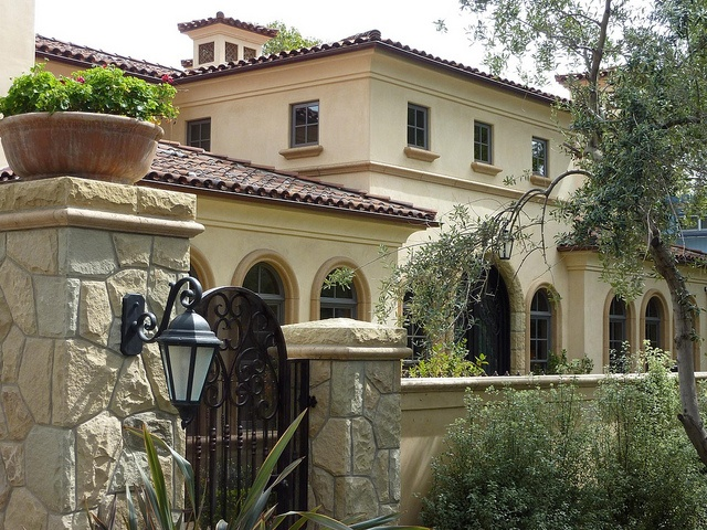 17 best images about spanish style home elevations and for Spanish revival exterior paint colors