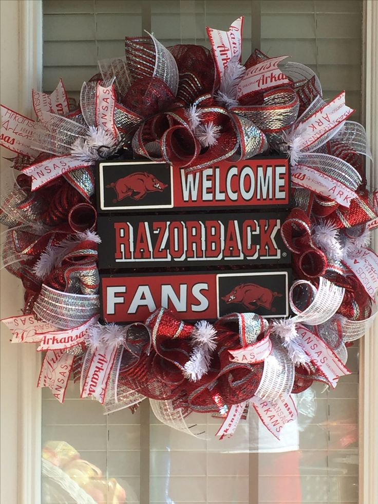 University Of Arkansas Wreath Razorback Hog