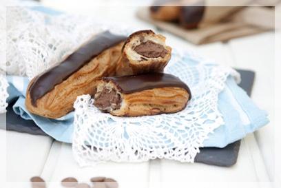Éclaire au chocolat á table budapest