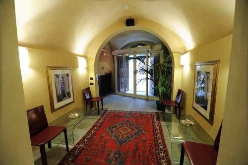 Antiche Mura (***)  OCALIS MAITINI has just reviewed the hotel Antiche Mura in Saluzzo - Italy #Hotel #Saluzzo