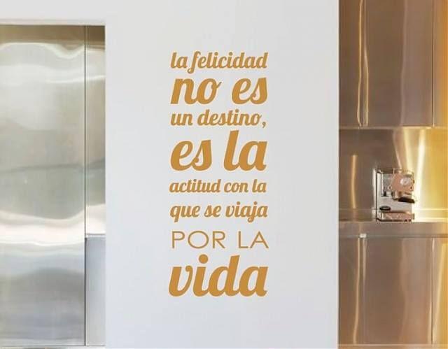 La felicidad no es un destino, es la actitud con la que se viaja por la vida