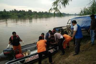 Warga Pekanbaru Tewas Hanyut Tenggelam di Sungai Kampar Ketika Memancing