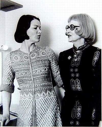 Glenda Jackson  with Bette Davis in 1975