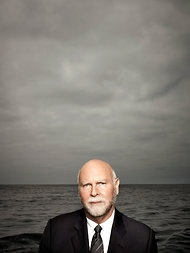 Craig Venter's Bugs Might Save the World - NYTimes.com One smart guy living a great life.