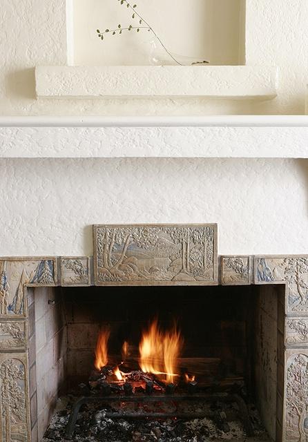 40 best art deco art nouveau arts and crafts fireplace for Arts and crafts fireplace tile
