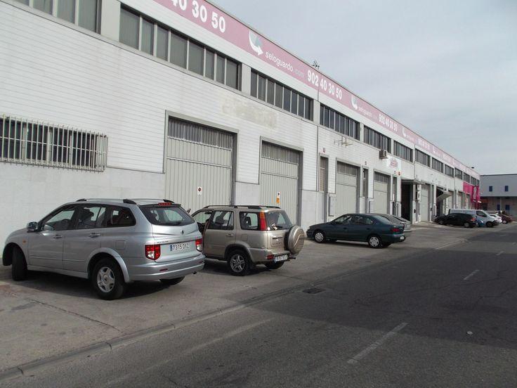 Zona de #aparcamiento para nuestros clientes. #parking