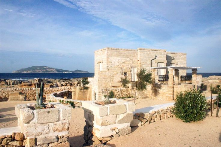 Villa with direct access to the sea Strada Comunale Costiera di Tramontana Favignana, Trapani, Italy – Luxury Home For Sale