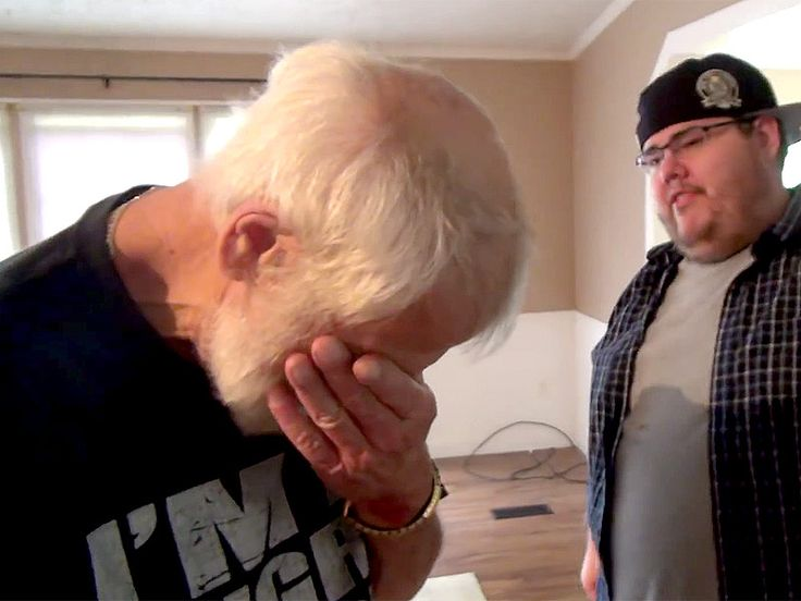 YouTube Star 'Angry Grandpa' Breaks Down When Son Surprises Him with a House (VIDEO) http://www.people.com/article/emotional-angry-grandpa-video