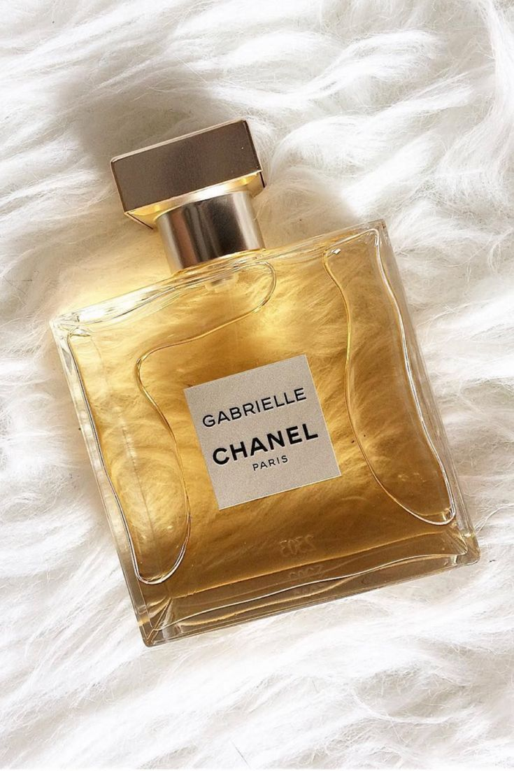 GABRIELLE CHANEL Eau de Parfum 1.7 oz/ 50 mL Eau de Parfum Spray Fragrance Family: Floral  Scent Type: Classic Florals  Key Notes: Jasmine, Orange Blossom, Grasse Tuberose, Ylang-Ylang  About: Before creating the House of Chanel, Coco was Gabrielle. A rebel at heart...passionate and free. The inspiration behind the luminous floral fragrance: GABRIELLE CHANEL. AD