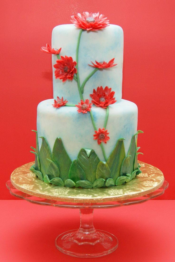 White stuff gateaux apron - My Red Flower Cake I Made This Cake For My Mom S Birthday It Is