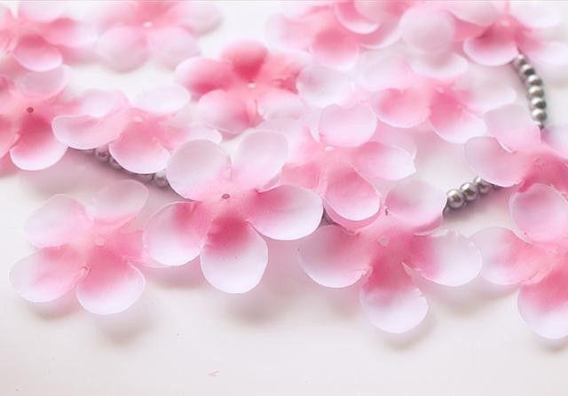 500 sztuk Płatki Róż Cherry Blossom Symulacja Płatki Ślub Płatki Fałszywy Sztuczne Kwiaty W Domu I Wedding Decor Darmowa Wysyłka w kolor: Różowy, czerwony tekstury: jedwab (grubsze niż włókniny, i bardziej widoczne!) dane techniczne: Płate od Dekoracyjne Kwiaty i Wieńce na Aliexpress.com | Grupa Alibaba