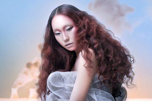präsentiert von www.my-hair-and-me.de  #women #long #hair #lange #haare #asian #style #asiatin #locken #curls #lockig #curly