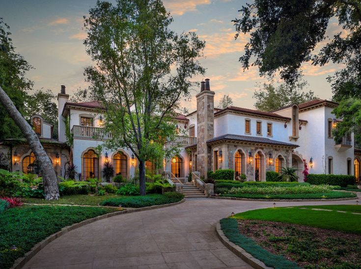 17 best images about dream homes on pinterest acre construction and mansions - Maison rustique luxe montecito grant ...
