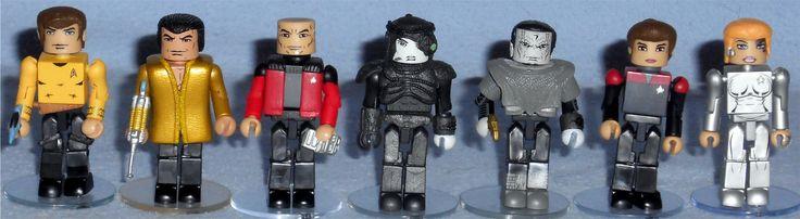 MiniMates - Star Trek Legacy TRU Wave 1 Captain Kirk & Khan Captain Picard & Hugh Gul Dukat Captain Janeway & Seven of Nine Missing: Captain Sisko (vest)