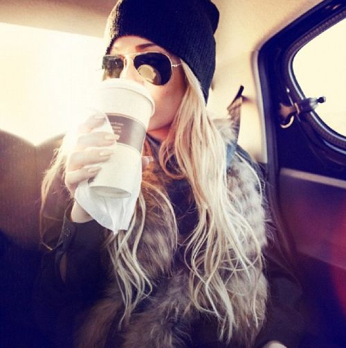 aviators, beanie and a faux fur vest= perfect match
