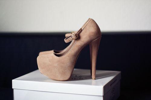 #shoes #high #heels #highheels #rose #white #box #amazing #beautiful
